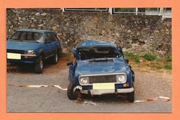PHOTO ORIGINALE - ACCIDENT DE VOITURE RENAULT 4L R 4 R4 ET PEUGEOT 505 BREAK DANGEL 4 X 4 DE GENDARMERIE - CRASH CAR - Auto's