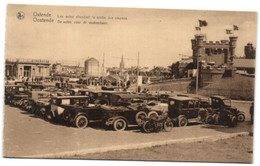 Oostende - De Autos Voor De Wedrenbaan - Oostende