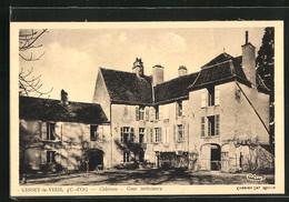 CPA Gissey-le-Vieil, Château, Cour Intérieure - Zonder Classificatie