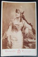 Photographie Ancienne Avt 1900 - PORTRAIT De Femme Costumée - Photographe Alexandre DUPUY / NÎMES (format 11x16,5) - Alte (vor 1900)