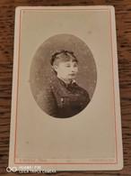 Cdv T HOYAU à CHERBOURG Portrait De Femme - Alte (vor 1900)