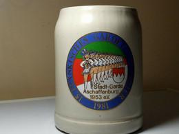CHOPE A BIERE.STADT-GARDE ASCHAFFENBURG 1953 EV.15 FRANKISCHES GARDETANZTURNIER - Cups