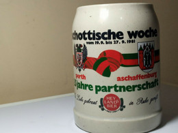 CHOPE A BIERE. SCHOTTISCHE WOCHE.VOM 19/9.BIS 27/9/1981. 25 JAHRE PARTNERSCHAFT. - Cups