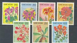GUINEA BISSAU 1983 - FLORA FLORES TIPICAS 7 Sellos - YVERT Nº 217/223** - Guinea-Bissau