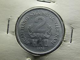 Vietnam 2 Hao 1976 Varnished - Vietnam