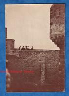 Photo Ancienne Snapshot - Lieu à Situer - BRETAGNE ? MONT SAINT MICHEL ? Remparts Histoire Patrimoine - Places