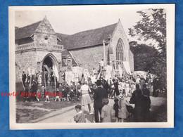 2 Photos Anciennes Snapshot - PLOUHA - Procession à L' Eglise Ker Maria - Sept 1928 - Ker Maria Saint Quay Portrieux - Places