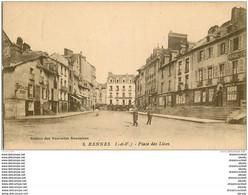 35 RENNES. Café François Et Bigot Place Des Lices - Rennes
