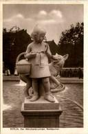 Berlin - Der Märchenbrunnen - Other