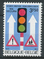 D - [203184]TB//**/Mnh-N° 1617-v3, Sécurité Routière, Via Secura, Feu Vert Déformé, Empattement - Varietà (Catalogo Luppi)