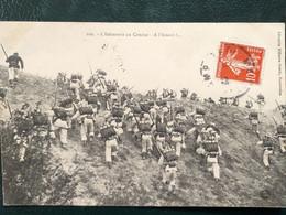 Militaria ,l'infanterie Au Combat  En 1908...scan Recto  Verso - Régiments