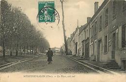 18 - MENETOU SALON -  LA PLACE COTE SUD - La Guerche Sur L'Aubois