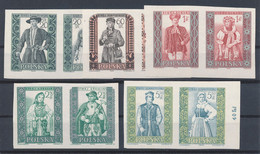 POLEN / POLAND / POLSKA  -  1959 ,   Volkstrachten (I)   -  Michel 1138B-1147B  , 5 Zusammendrucke  MNH / ** - Unused Stamps