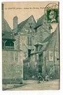 CPA  36 : LA CHATRE  Rue Avec  Pub LU    A   VOIR  !!! - La Chatre