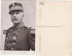 Général   PAU; Chargé De La Haute Mission De Décorer Le Grand Duc Nicolas - Politieke En Militaire Mannen
