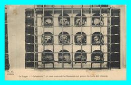 A800 / 321 75 - PARIS Crypte COLUMBARIA Ou Sont Renfermés Les Ossements - Zonder Classificatie