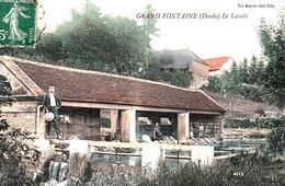 GRANDFONTAINE (Doubs, Gd Besançon). Le Lavoir. Couleurs. Edition Vve Karrer à Dole. Circulée En 1908. Bon état. - Other Municipalities