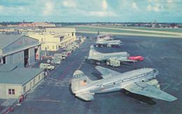 CPA - Curtis Commando - Compagnie Pan American World Airways - Aéroport De Miami - 1946-....: Modern Era