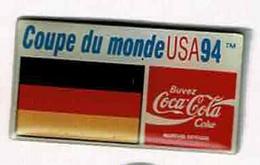 C271 Pin's Foot Football Coupe Monde 94  World Cup USA Coca Cola Coke Drapeau ALLEMAGNE Germany Achat Immédiat - Calcio