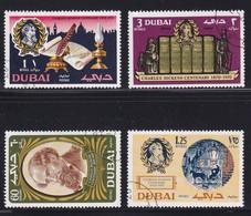 Dubai 1970, Complete Set Charles Dickens, Vfu - Dubai