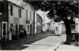 17 / Ile De Ré - La Couarde - La Route Vers Ars (CPSM) Traction Avant - Otros Municipios