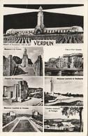 Carte Postale. France. Verdun. 7 Vues. Monuments Français Et Américains. Ossuaire. Tranchée. Montfaucon. Cimetières. - Monuments