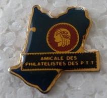 Pin's - LA POSTE - AMICALE DES PHILATELISTE DES PTT - - Mail Services