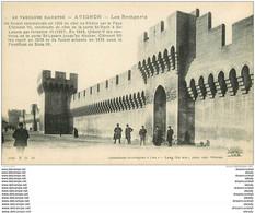 84 AVIGNON. Le Palais Des Papes Remparts Animation - Avignon