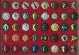 X 32 - Lot De 40 Capsules De Bouteilles De Champagne - Colecciones