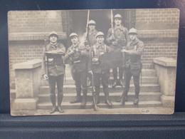 475 . MILITARIA . CARTE PHOTO . MILITAIRES . DUSSELDORT . TELEGRAPHENBOUMT . 21 MAI 1923 . - Autres