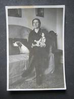 FEMME POUPET CHIEN - DONNA BAMBOLA CANE - WOMAN DOLL DOG - Persone Anonimi