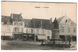 CPA 58 - VARZY (Nièvre) - La Place - E. Barrat Phot. (charcuterie, Pharmacie) - Otros Municipios