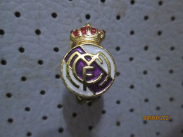 Football Club REAL MADRID Spain Button Hole Badge - Voetbal