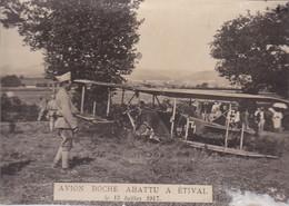 """Photographie Aviation Ww1 Vosges  Etival Clairefontaine """" Avion Boche Abattu A étival Le 13 Juillet 1917 """" Réf 2961 - Etival Clairefontaine"""