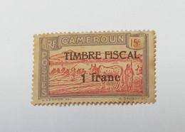 Timbre Du CAMEROUN RF N° 111 Yvert & Tellier Surcharge TIMBRE FISCAL - Autres - Afrique