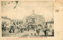 060321A - 82 LAFRANCAISE Place De La Mairie Un Jour De Fête - évènement RF - Lafrancaise