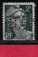 R4  Perfin France Perfore B.B 32  Sur Gandon N° 713 - Perforés