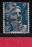R4  Perfin France Perfore B.B 32  Sur Gandon N° 719b - Perforés
