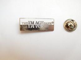 Beau Pin's En EGF , Photo , The Image Bank , Getty Images  ,  Signé Démons & Merveilles - Photography