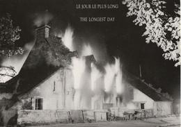 CARTE POSTALE 10CM/15CM PHOTO DE J-M LEZEC N 8 : LE JOUR LE PLUS LONG THE LONGEST DAY DU 06 JUIN 1944 LE DEBARQUEMENT - Oorlog 1939-45