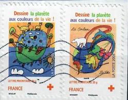 YT AA 237 & 238  Sur Fragment Croix Rouge 2008 - Autoadesivi