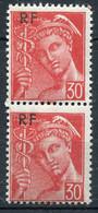 21038 FRANCE N°658** 30c. Rouge  Mercure : Timbre Du Haut Plus Petit Tenant à Normal  1944  TB - Variétés: 1941-44 Neufs