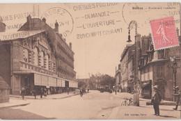 CPA Rodez (12) Le Bazar De La Ménagère  Boulevard Gambetta Au Loin Autobus De Laguiole  Assez Rare Ed Laforge 1928 - Rodez
