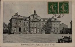 51-STE-MENEHOULD...HOTEL DE VILLE. ..CPA - Sainte-Menehould