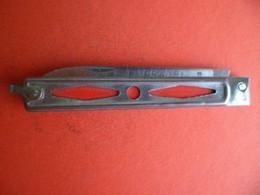 1960 - Couteau Canif PRADEL - Lame 7 Cm - état Neuf - Jamais Servi - Rouge - Knives