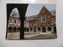 D 59 - Seclin - Cour D'honneur De L'hôpital ( Carte Abimée) - Seclin