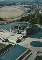 CARTE POSTALE 10CM/15CM PHOTO COULEUR :CHANTILLY LE CHATEAU VUE AERIENNE LE CHAMP DE COURSE OISE (60) - Chantilly