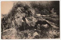 CPA - 20 - CARTE NON SITUEE - Retour Du Bois à Dos D' Ane En Montagne Grand-mère Et Petit-fils  RARE - CORSE SUD ? - Unclassified