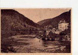 CPA - 24 - 16 -  GORGES DE LA DORDOGNE - LE PONT D'EYLAC - DESCENTE DE CANOES - - Unclassified