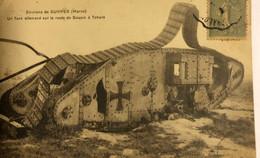 ENVIRONS DE SUIPPES (Marne)—Un Tank Allemand Sur La Route De Souain à Tahure - Unclassified